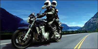 A Bandit 1250 tem regulagem na altura do banco e no guidão - Fotos: Suzuki/Divulgação