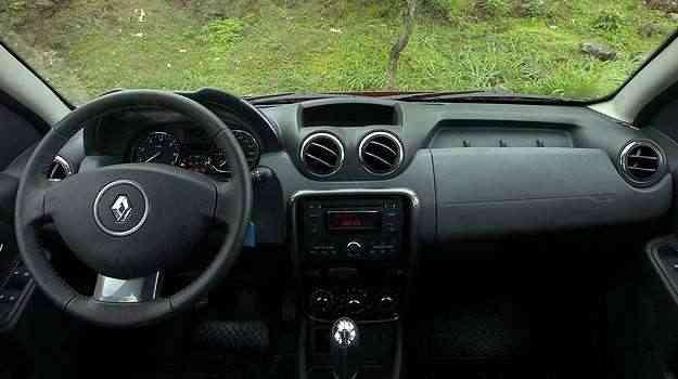 Interior tem acabamento razoável e pega do volante não é boa -  Gladyston Rodrigues/EM/D.A Press