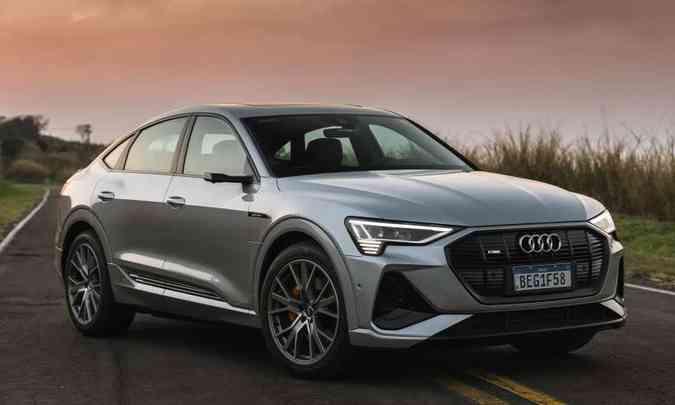 O Audi e-tron Sportback chega como mais uma opção de modelo elétrico da marca no Brasil(foto: Audi/Divulgação)