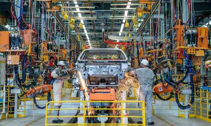 Na fábrica da Caoa Chery em Jacareí são produzidos os modelos Tiggo 2 e Arrizo 5(foto: Chery/Divulgação)