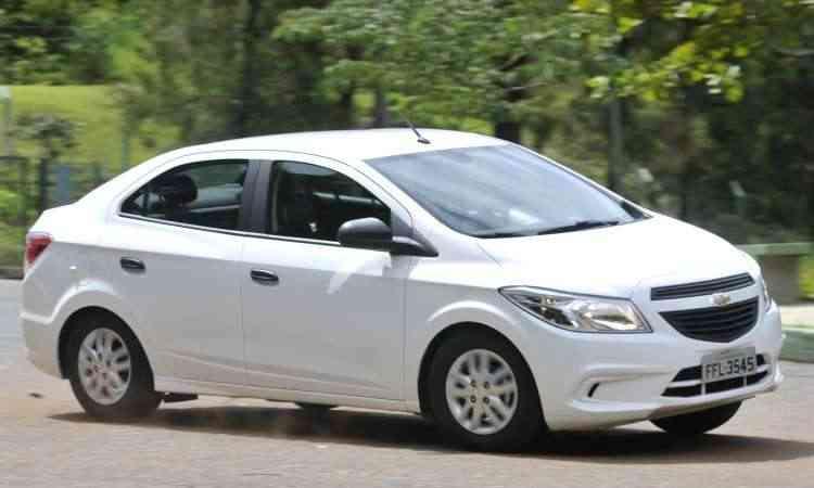 O quinto modelo mais vendido no Brasil no primeiro trimestre é o sedã Chevrolet Prisma, com 16.382 emplacamentos - Juarez Rodrigues/EM/D.A Press