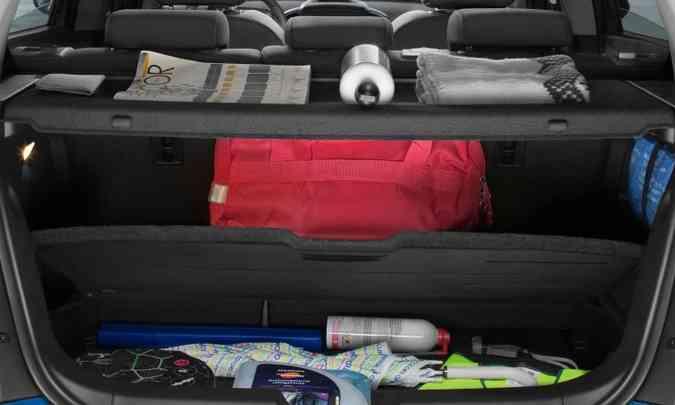 O excesso de tralhas e afins no interior do carro e porta-malas contribui para o aumento de consumo(foto: Chevrolet/Divulgação)