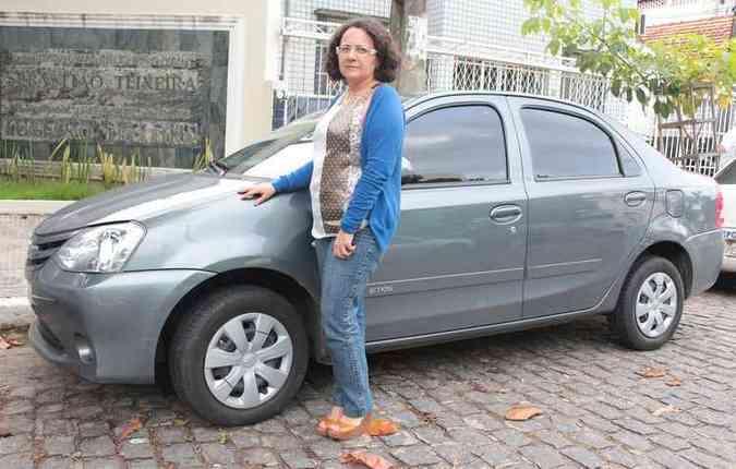 Angelina já teve que trocar pneus na estrada por causa dos buracos(foto: Brenda Alcantara/Esp DP/D.A Pres)