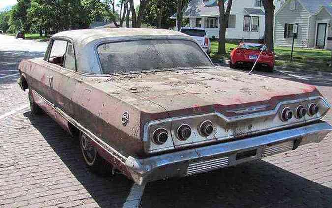 Impala 63 estava bem conservado e com apenas 11 milhas rodadas(foto: VanDerBrink Auctions/Divulgação)