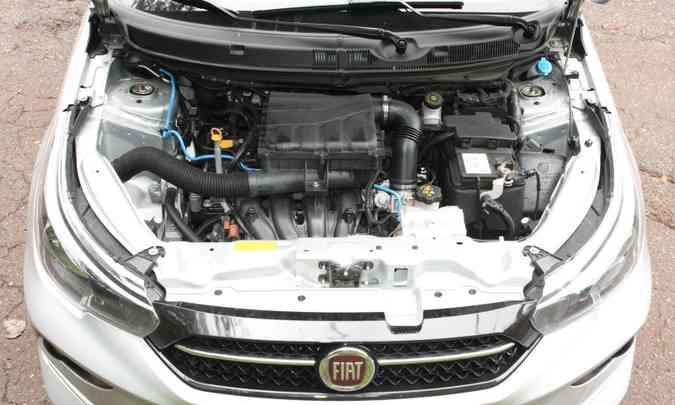 O motor 1.8 E.torQ proporciona bom desempenho, mas sem muito brilho, com bom torque em baixas rotações(foto: Edésio Ferreira/EM/D.A Press)