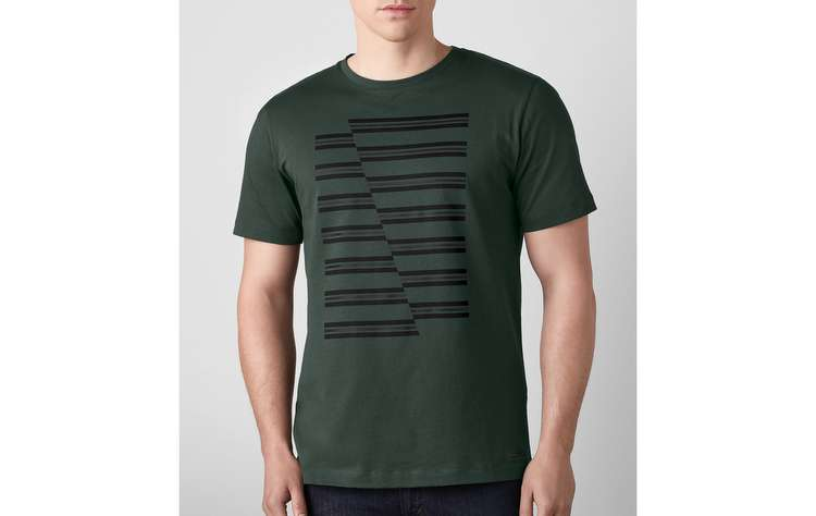 Camiseta Verde JCW Stripes custa R$ 231. FOTO: BMW/Divulgação   - Camiseta Verde JCW Stripes custa R$ 231. FOTO: BMW/Divulgação
