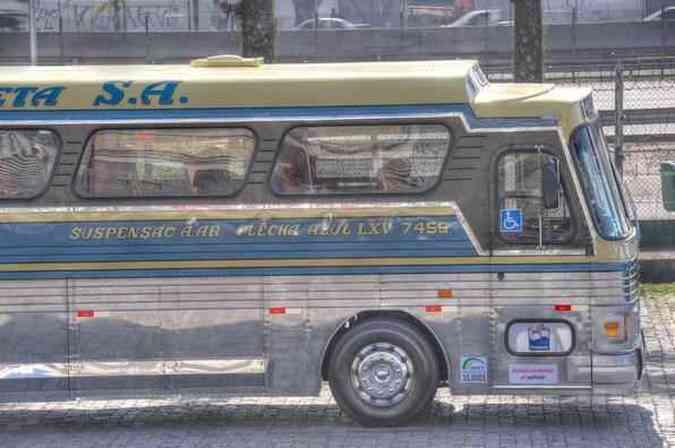 Viação Cometa ressuscita ônibus Flecha Azul para comemorar 65 anos da empresa. Restauração gastou três mesesViação Cometa/Divulgação