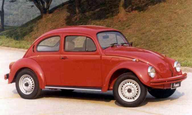 Em 1994, o carro mais barato do Brasil era o VW Fusca 1600, tabelado em R$ 6.743, o equivalente a R$ 62.171,13 corrigidos pelo INPC(foto: Volkswagen/Divulgação)