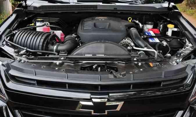 O motor 2.8 turbodiesel garante bom desempenho com 200cv e 51kgfm de torque(foto: Gladyston Rodrigues/EM/D.A Press)