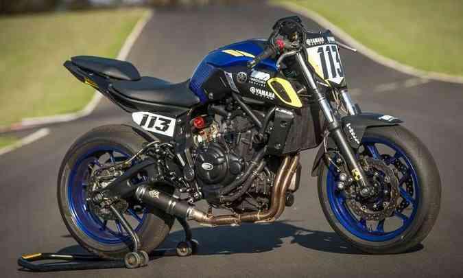 Pilotar a MT-07 trás adrenalina e muita diversão(foto: Gustavo Epifânio/Yamaha/Divulgação)