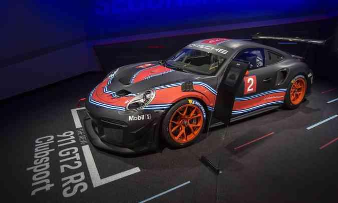 O Porsche GT2 RS Clubsport tem motor turbo de 700cv de potência(foto: FREDERIC J. BROWN/AFP)