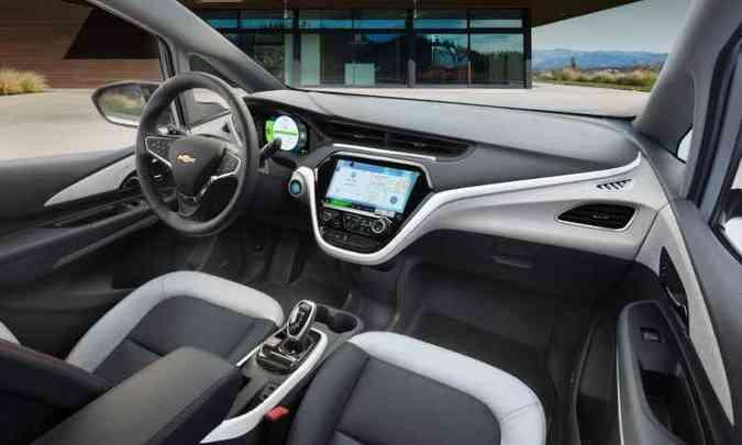 Cockpit duplo e tela de 10 polegadas marcam o interior(foto: Chevrolet/Divulgação)