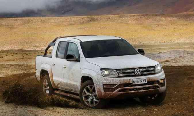 A picape média Volkswagen Amarok ganhou nova motorização V6(foto: Volkswagen/Divulgação)