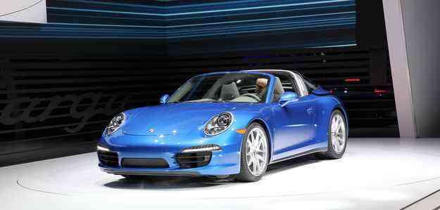 Modelo tem duas opções de motorização, sendo uma 3.4 e outra 3.8 - Naias/Divulgação