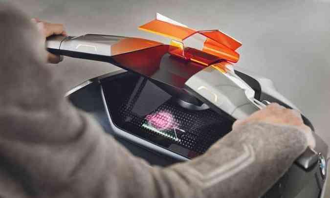 As informações do roteiro são projetadas no para-brisa(foto: BMW/Divulgação)