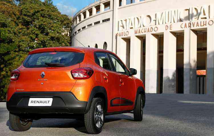 Modelo estreia a transmissão manual de cinco marchas SG1 - Renault / Divulgação