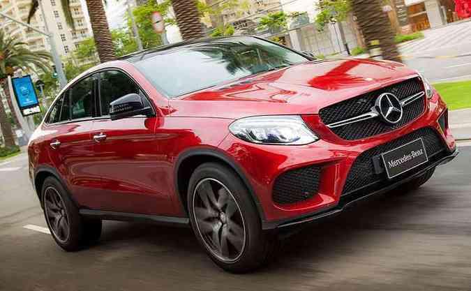GLE V6 biturbo concorre com BMW X6 e as linhas são muito semelhantes(foto: Estúdio Malagrine/Divulgação/Mercedes Benz)