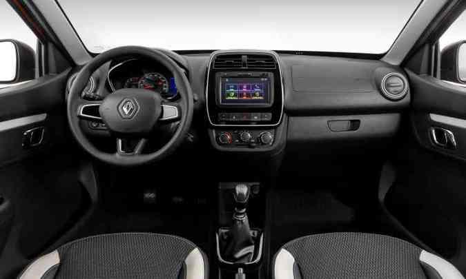 Tela do sistema multimídia é destaque no painel da versão Intense (foto: Renault/Divulgação)
