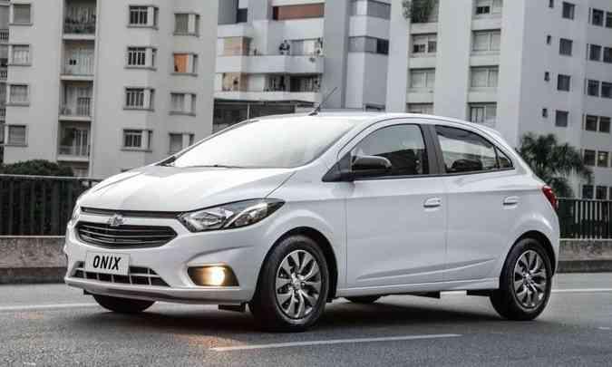 O Chevrolet Joy (antigo Onix) é vendido na versão 1.0 Black por R$ 58.290(foto: Chevrolet/Divulgação)