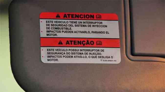 Se o carro cai em buraco ou esbarra em obstáculo pode haver corte de combustível(foto: Marcos Vieira/EM)