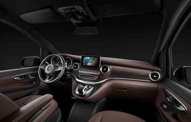 Equipada com motor 2.1 turbodiesel e três opções de potência, Classe V tem câmbio automático de sete velocidades - Mercedes-Benz/divulgação