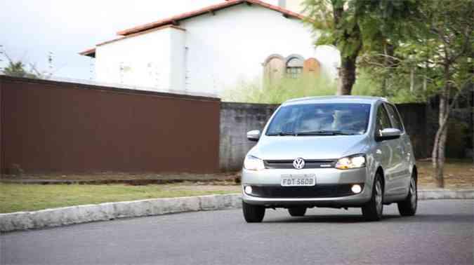 Com as mudanças, a VW conseguiu reduzir o coeficiente aerodinâmico (Cx) do Fox de 0,35 para 0,33 e a área frontal de 2,17m² para 2,16m²(foto: Marlos Ney Vidal/EM/D.A Press)
