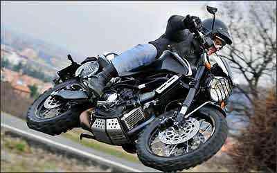 A Morini Scrambler pode rodar tanto na terra quanto no asfalto - Moto Morini/Divulgação