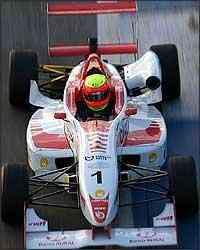 Depois de seis etapas, Clemente Jr. lidera a Fórmula 3 Sul-Americana com 36 pontos - Fábio Oliveira//Divulgação