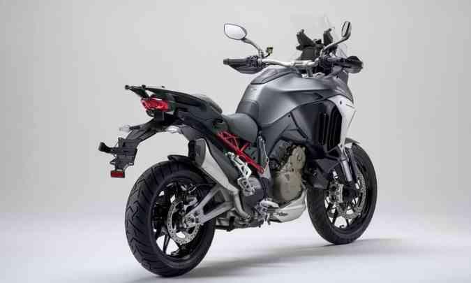 O motor com quatro cilindros em V fornece 170cv(foto: Fotos: Ducati/Divulgação)