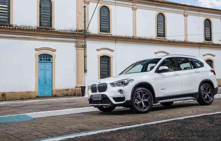 Velocidade máxima do modelo chega a 225 km/h. Foto: BMW / Divulgação -