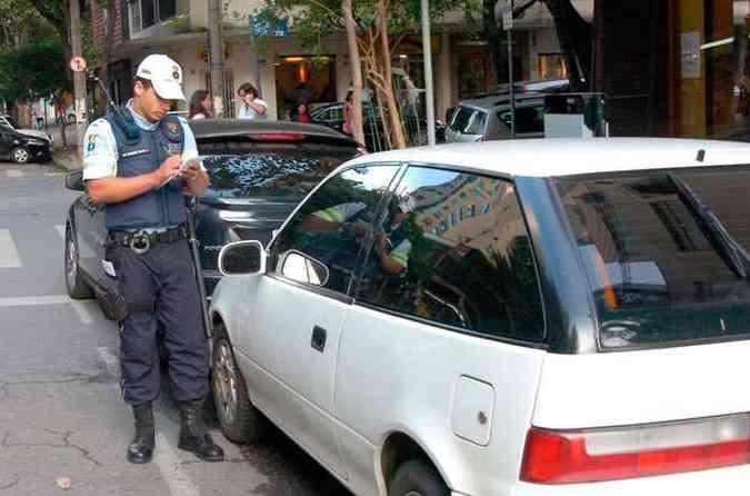 Caso mais comum: motorista não foi parado e a multa vai para o endereço anterior(foto: Cristina Horta/EM/D.A Press)