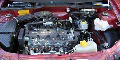 Motor 1.0 VHCE, de 77 cv (gasoline) e 78 (álcool), oferece bom desempenho - Marlos Ney Vidal/EM/D.A Press - 29/07/2009