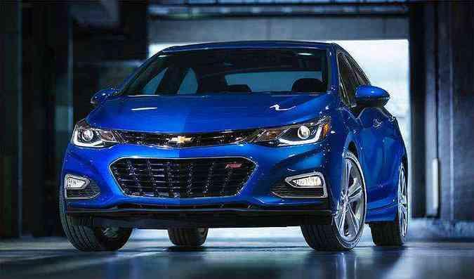 Novo Cruze tem linhas inspiradas nos modelos maiores nos Estados Unidos, como Malibu e Impala(foto: Chevrolet/Divulgação)
