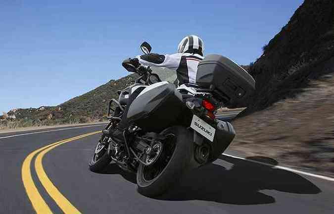 Os freios têm o sistema ABS de série(foto: Suzuki/Divulgação)