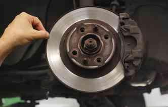 Pastilhas de freios falsificadas podem afetar o componente e a segurança à bordo. Foto: Thalyta Tavares / Esp. DP