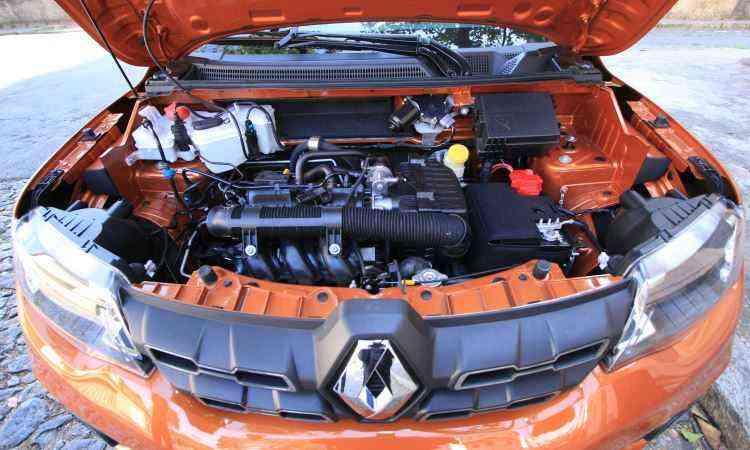 Apesar de novo, motor manteve tanquinho de partida a frio -  Edésio Ferreira/EM/D.A Press