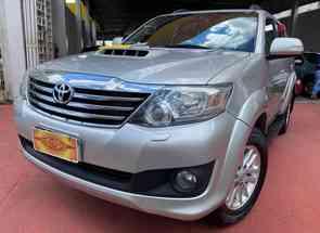Toyota Hilux Sw4 Srv D4-d 4x4 3.0 Tdi Dies. Aut em Goiânia, GO valor de R$ 168.500,00 no Vrum