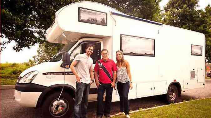 Os três aventureiros antes da partida, em Belo Horizonte