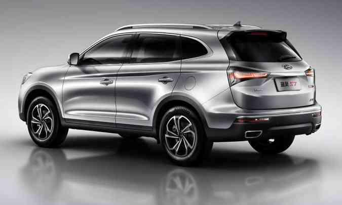 O SUV chinês tem linhas modernas e motor 2.0 turbo de 210cv(foto: JAC/Divulgação)