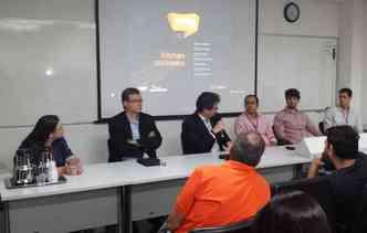 Pesquisadores da UFPE e engenheiros do mercado apresentaram soluções para as montadoras(foto: Cesar-CIn / Divulgação)