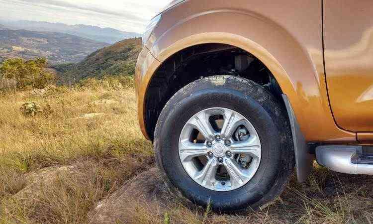 Rodas de 16 polegadas, mas na concorrência o aro é 18 - Pedro Cerqueira/EM/D.A Press