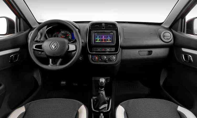 Tela do sistema multimídia é destaque no painel da versão Intense  - Renault/Divulgação