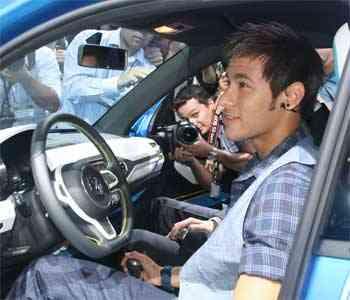 Neymar conhece o conceito Taigun, da Volkswagen - Marcello Oliveira/EM/D.A PRESS