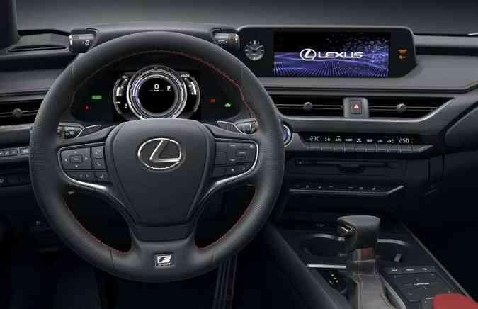Nas versões mais equipadas, tela do sistema multimídia tem 10,3 polegadas(foto: Lexus/Divulgação)