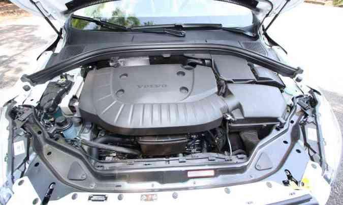 Motor turbodiesel com injeção direta de combustível apresenta baixo consumo(foto: Edésio Ferreira/EM/D.A Press)