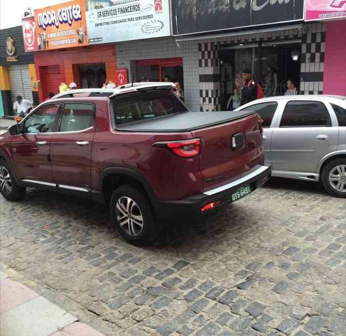 Picape Fiat Toro em vários flagras e projeçõesValter Lima