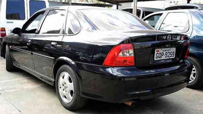 Chevrolet Vectra 2.0 2002 tem lance inicial de R$ 5 mil(foto: Thiago Ventura / EM / D.A Press)