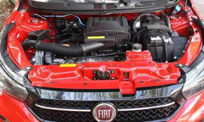 O motor 1.3 desenvolve bem em baixas rotações, favorecendo o menor consumo de combustível(foto: Jair Amaral/EM/D.A Press)