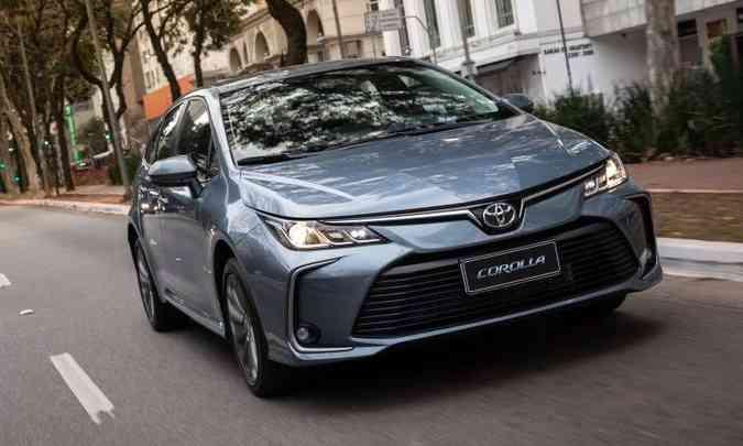 A versão XEi Dynamic Force é equipada com motor 2.0 flex de 169cv (g) e 177cv (e)(foto: Toyota/Divulgação)