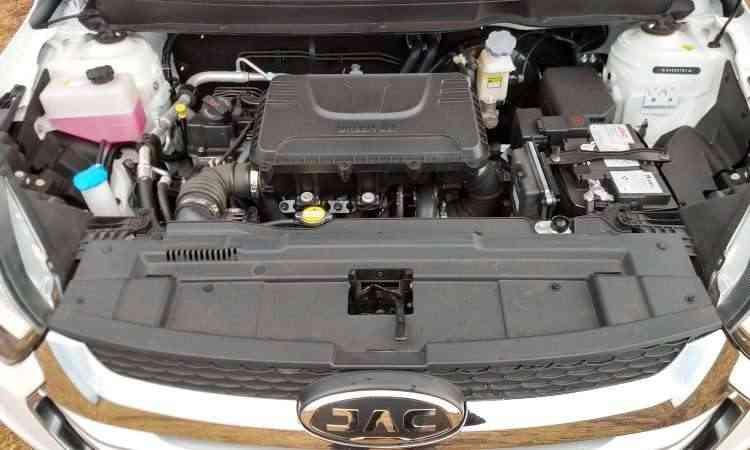 Motor 1.6 16V bebe só gasolina e tem consumo dentro da média - Pedro Cerqueira/EM/D.A Press